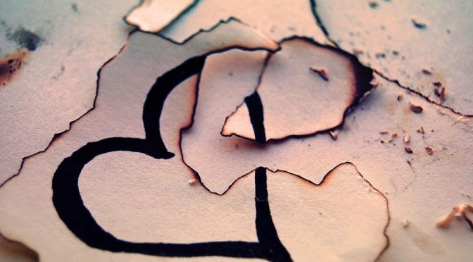 broken_heart_by_alicat2011-d3cg2wx