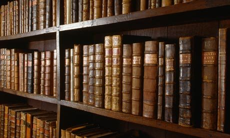 Old-books-on-shelves-001